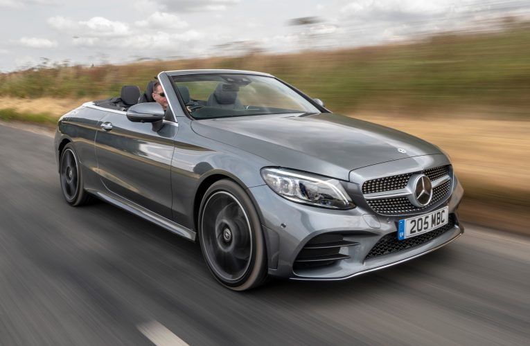 Mercedes C 180 Cabriolet, Features and Price in Pakistan