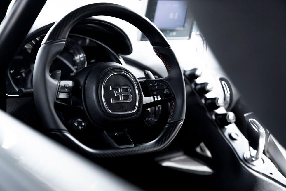 Bugatti Chiron 2020 Features