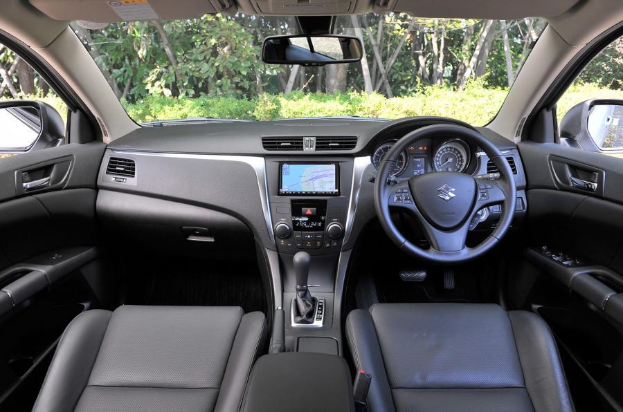 Suzuki Kizashi 2020 Interior