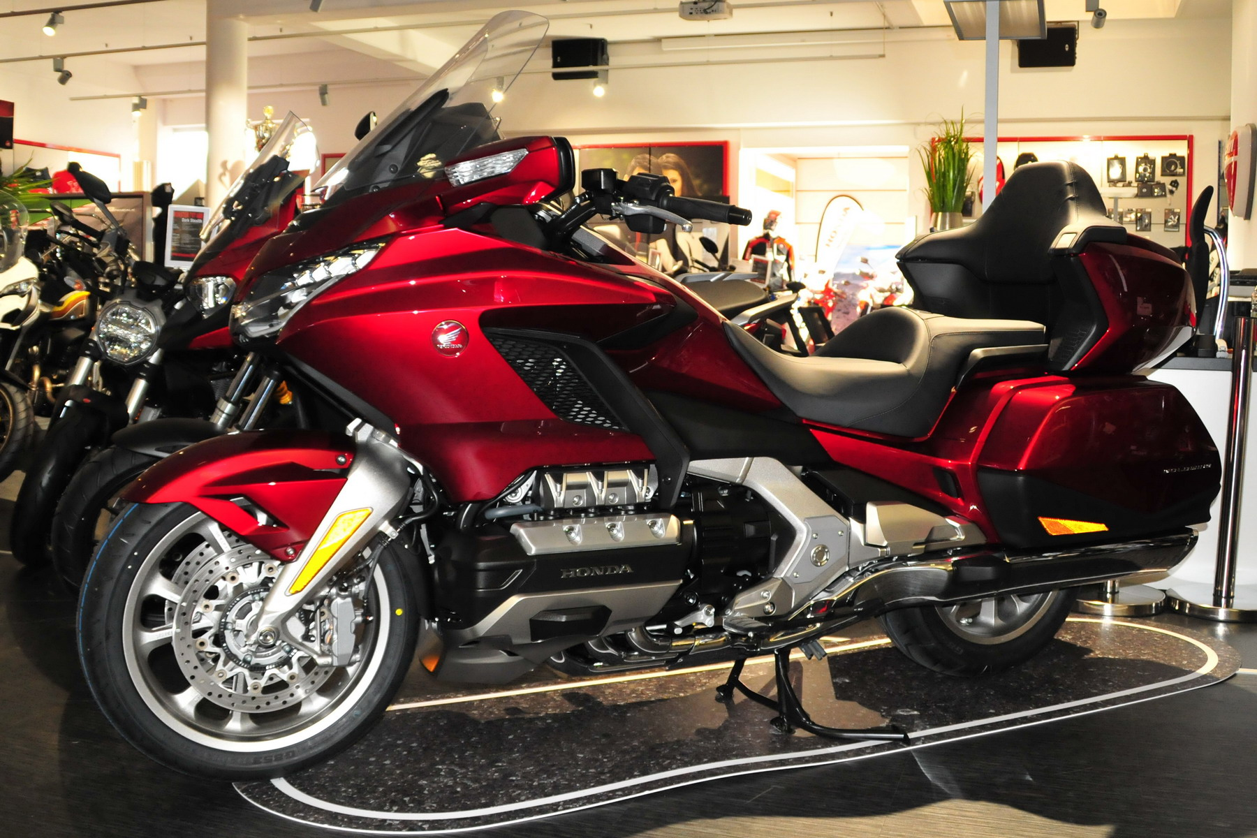 Honda Goldwing GL1800 Price in Pakistan 2021 Specs Features Mileage