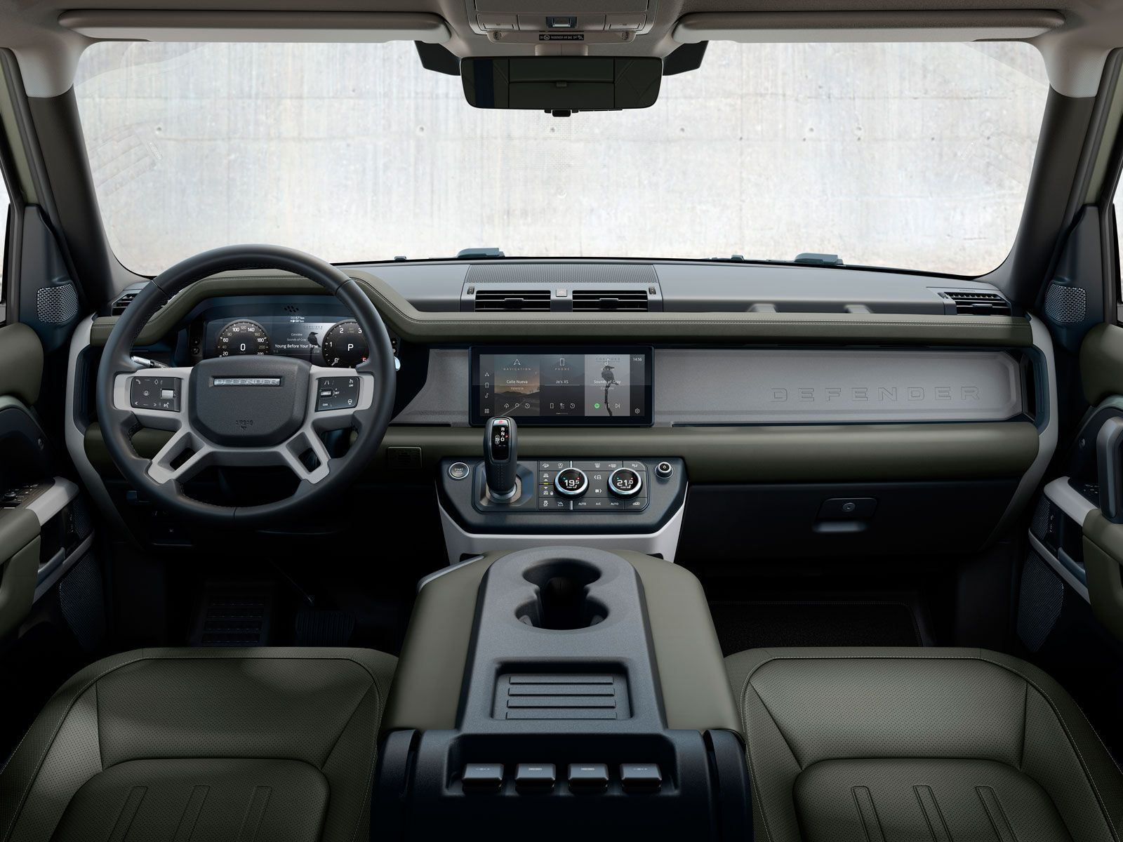 Land Rover Defender Features