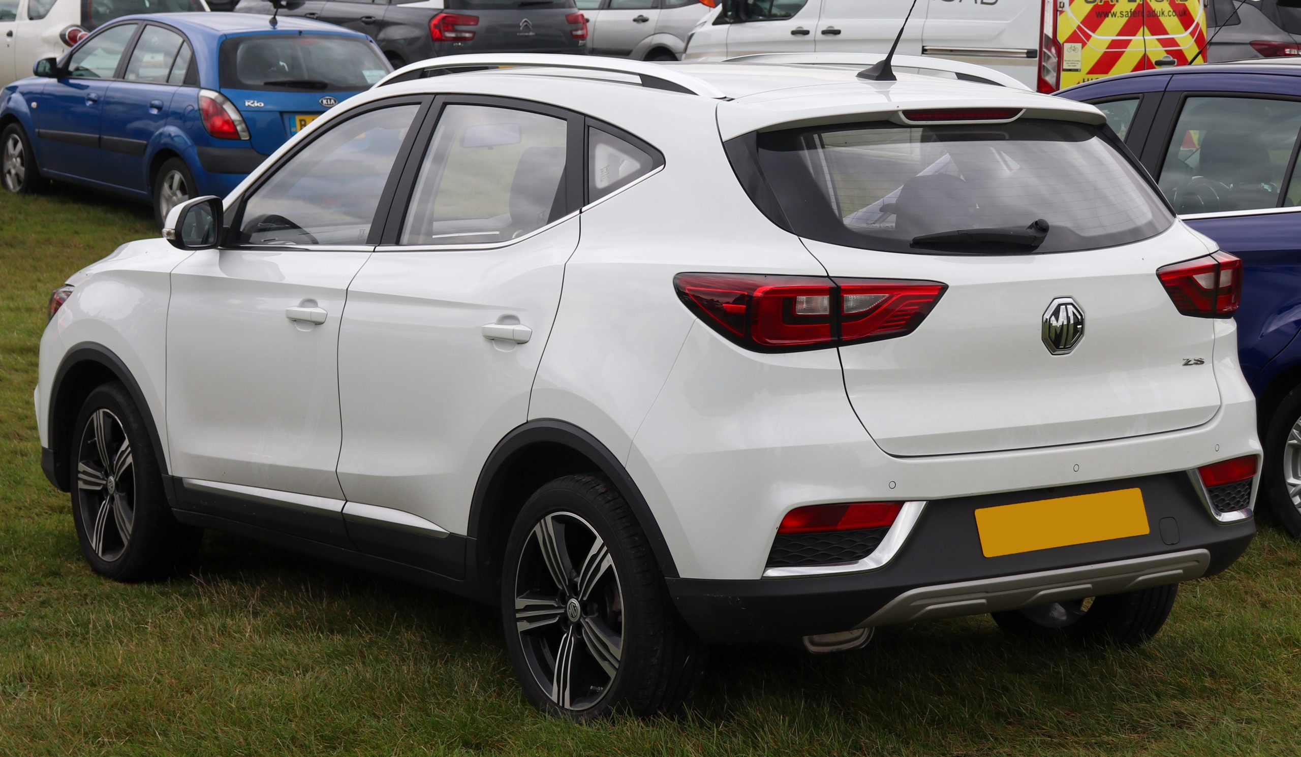 MG ZS Specifications 2021